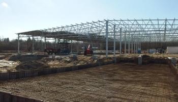 Białogardzki Park Inwestycyjny INVEST-PARK: trwa montaż konstrukcji nowego zakładu produkcyjnego dla BG Production